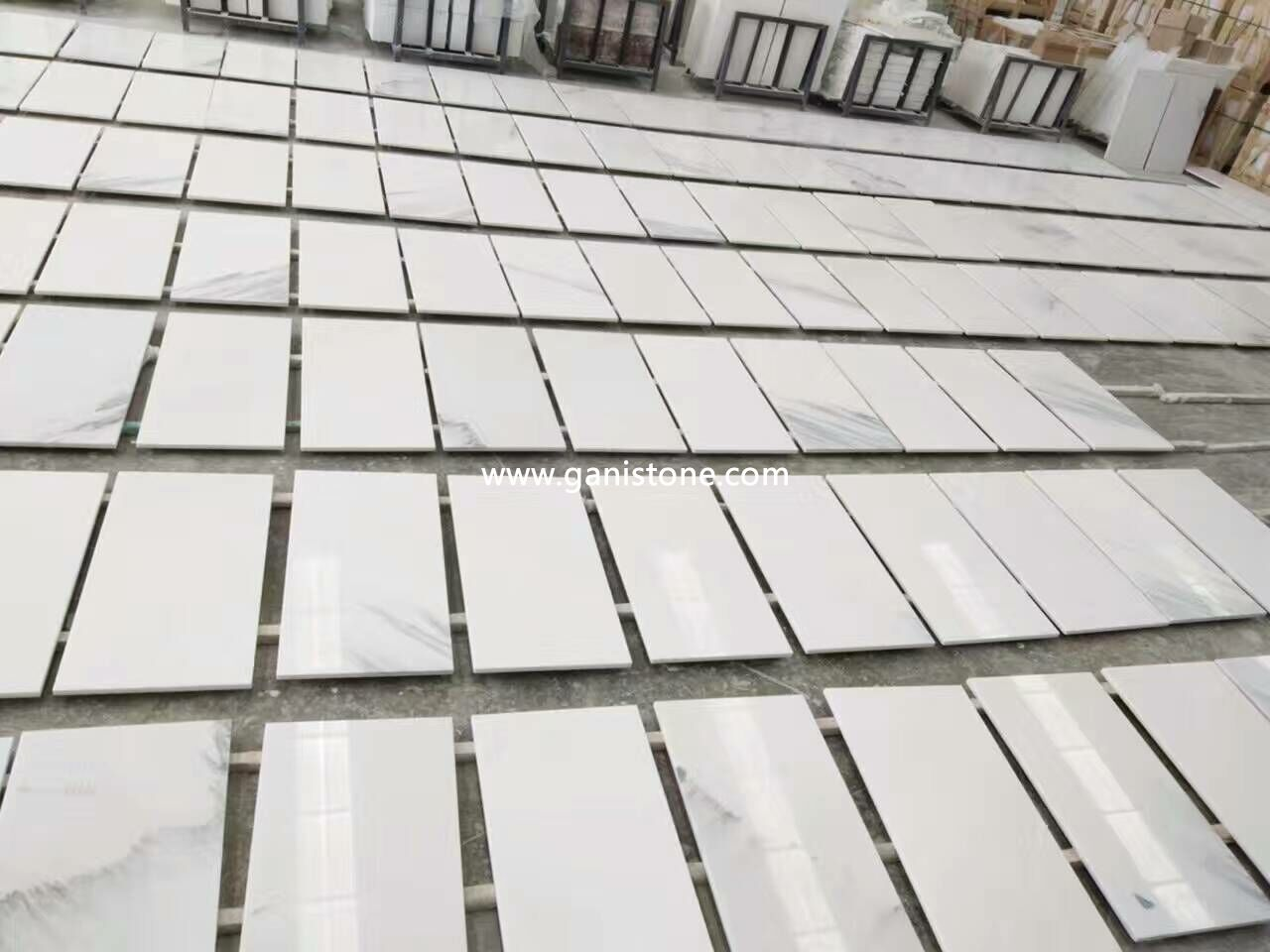 Feather White Marble Floor Dry Lay